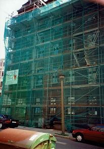 Architekten-und-Ingenieurleistungen-aus-Chemnitz/Bild:Denkmalschutzgerechte-Sanierung-historisches-Mehrfamilienwohnhaus-Ecke-Hainstrasse-Glockenstrasse-Chemnitz-Sachsen/Fotograf:Dipl.-Ing.-Andreas-Müller